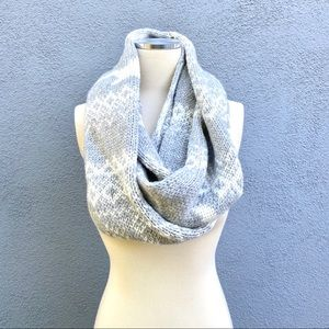Hollister Cable Knit Infinity Scarf